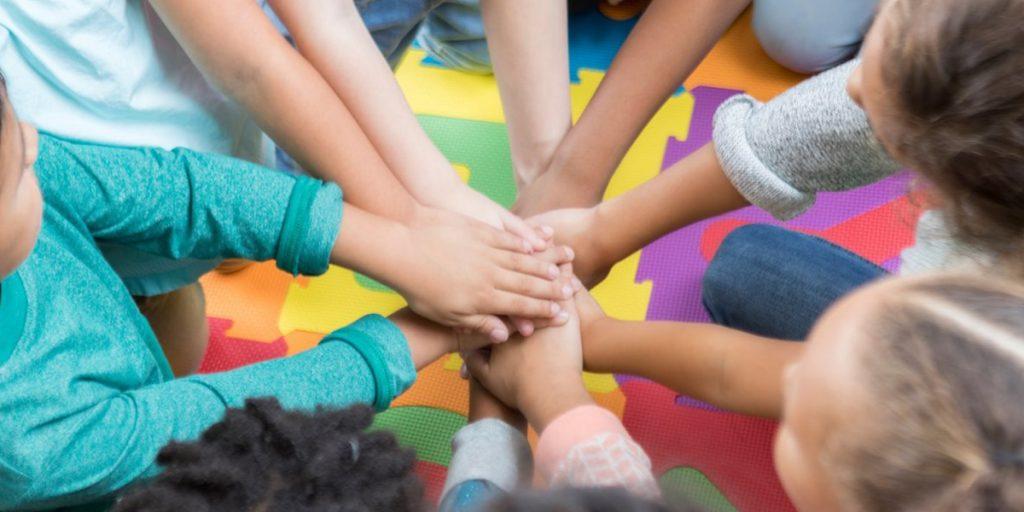Como ensinar e praticar a cidadania com crianças | Sponte